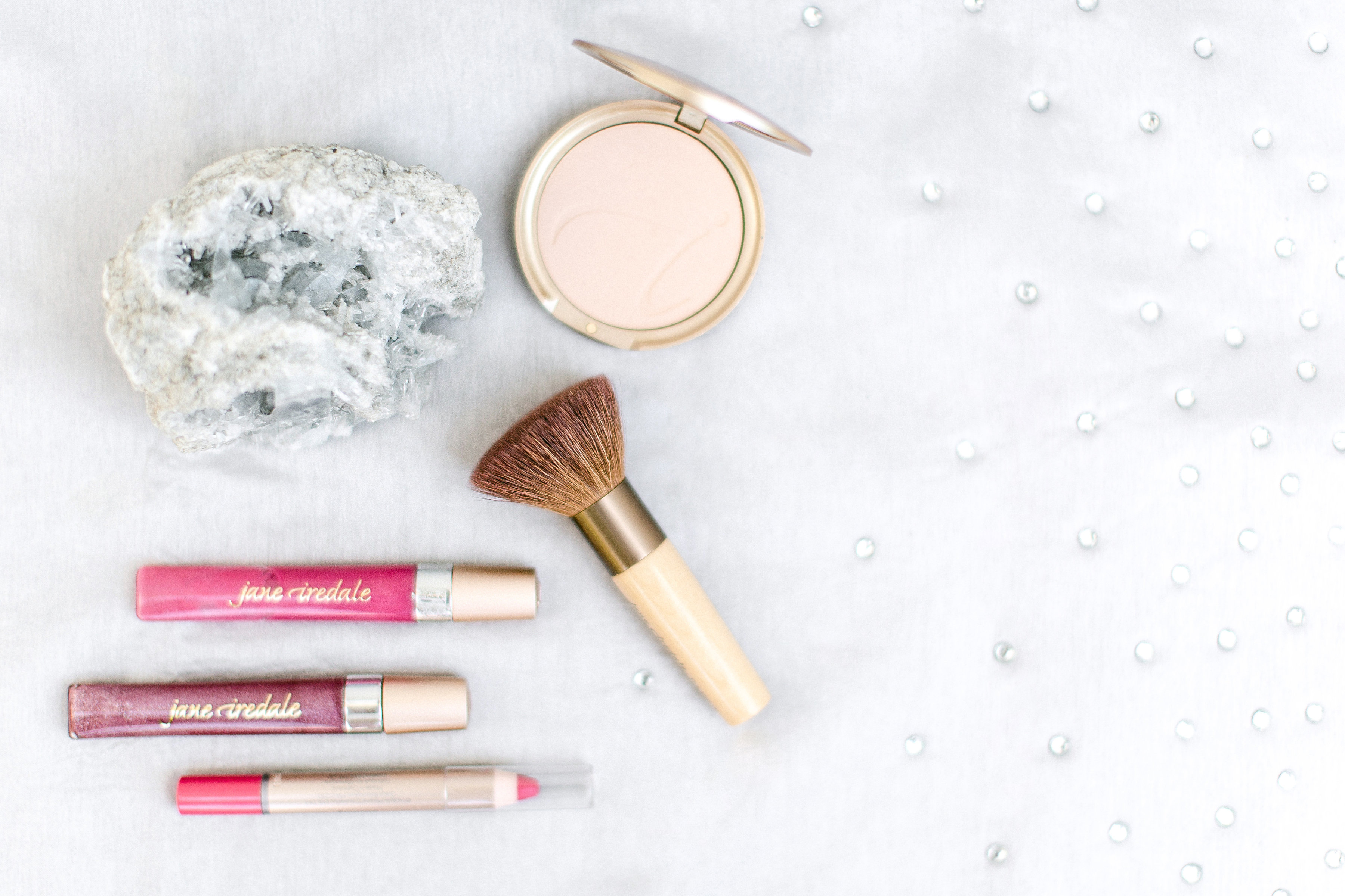 how to clean makeup brushes daily
